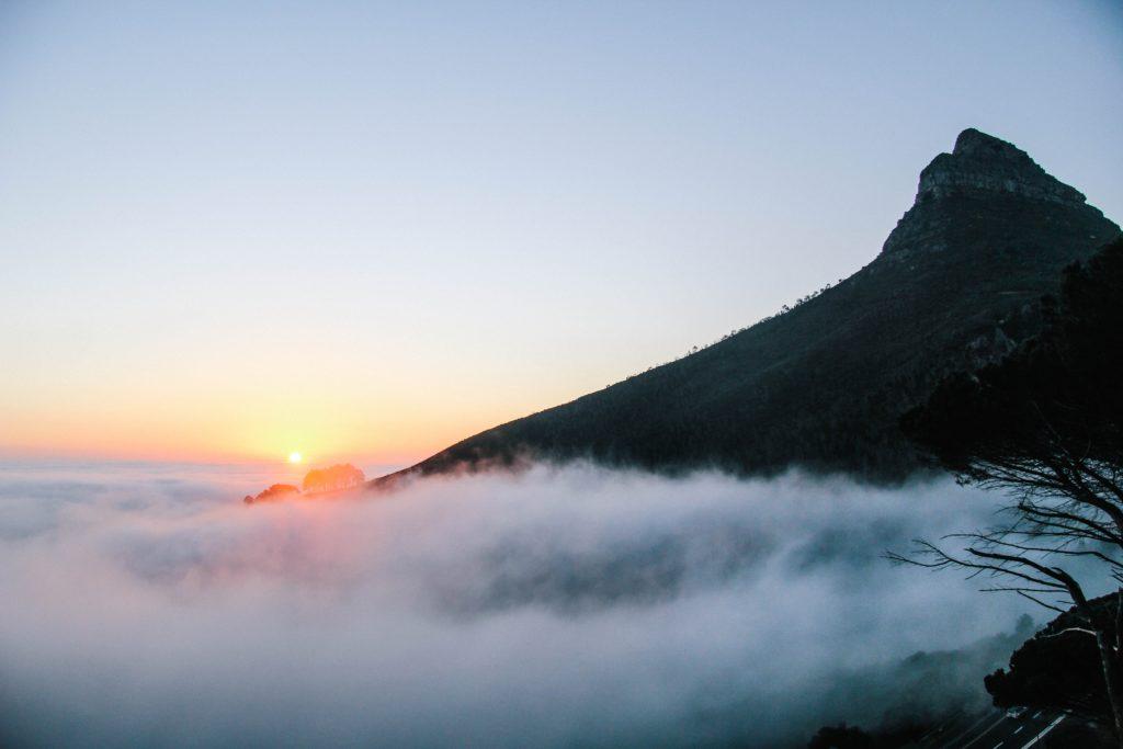Disfruta la vista de la famosa Montaña de la Mesa