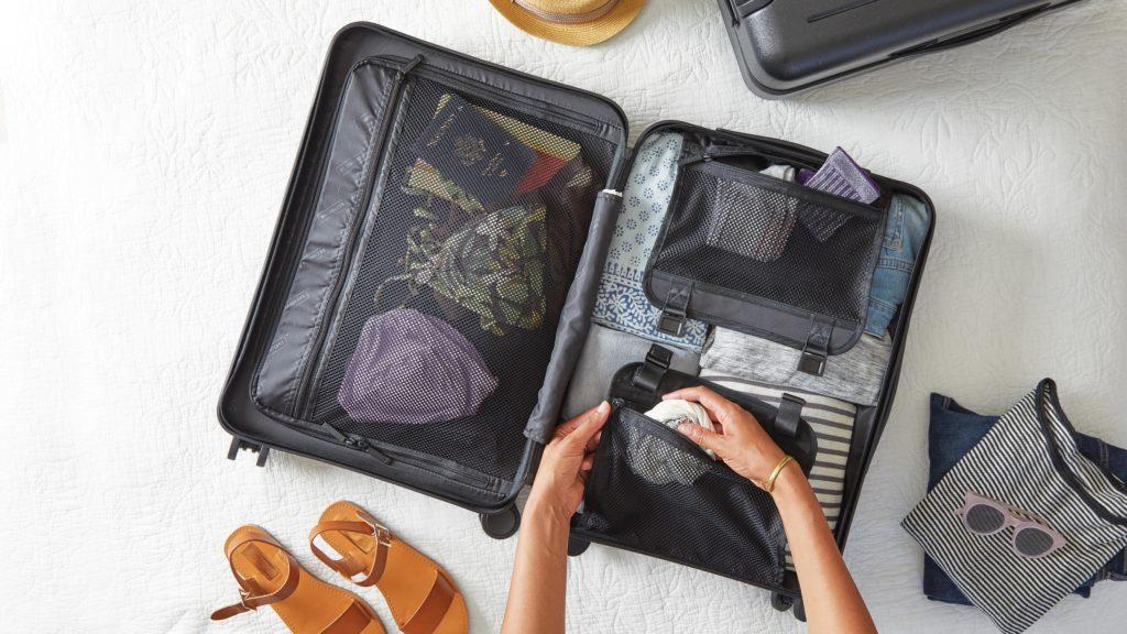 Coloca lo esencial en tu equipaje de mano